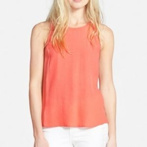 ASTR THE LABEL PLEAT BACK TANK TOP IN CORAL